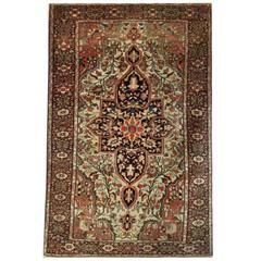 Antique Rugs, Persian Rugs, Sarouk Wool rugs, Farahan Carpet from Iran