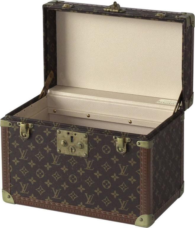 Louis Vuitton Vanity Case For Sale