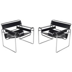Pair of Mid-Century Leather Wassily Lounge Chairs by Marcel Breuer for Knoll