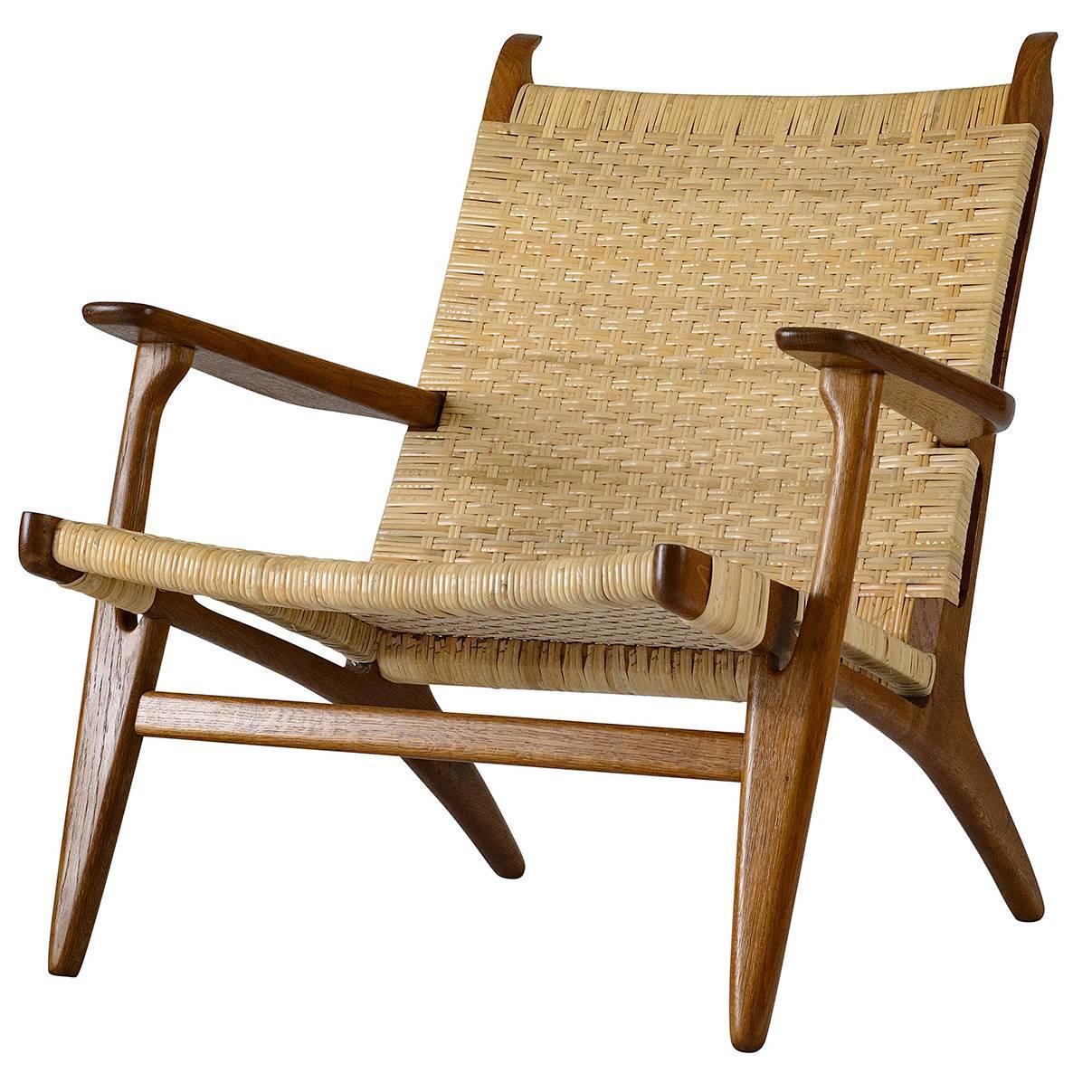 hans wegner ch 27 lounge chair for sale at 1stdibs. Black Bedroom Furniture Sets. Home Design Ideas