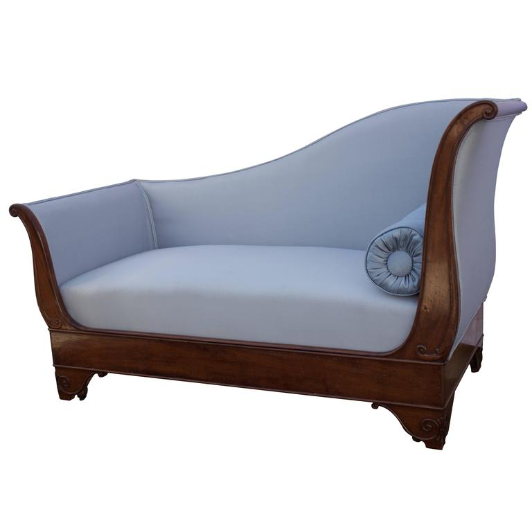 French Early 19th Century Mahogany Daybed For Sale