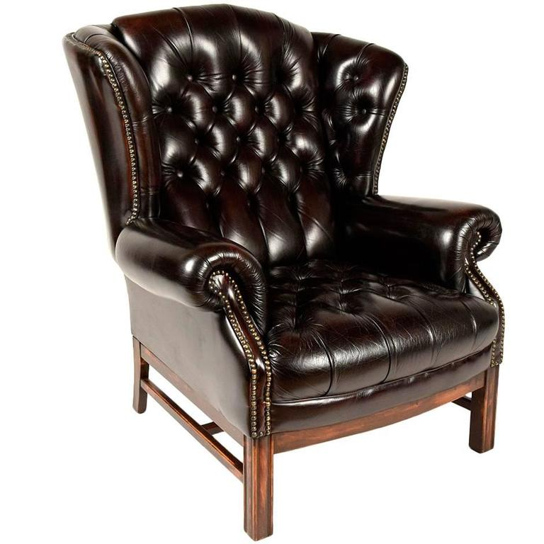 Delicieux Sinlgle Vintage Tufted Leather Wingback Chair For Sale