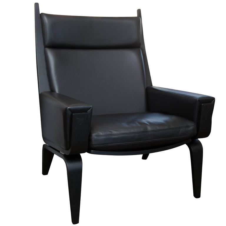 this hans wegner ge501a easy chair in black leather is no longer