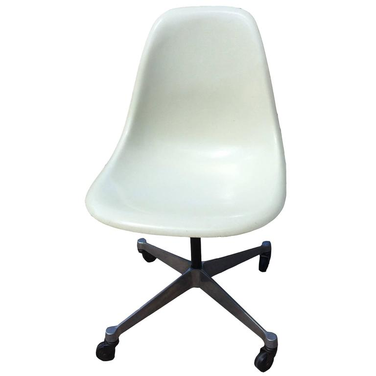Parchment Fiberglass Shell Chair By Charles Eames For Herman Miller 1