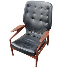 Vintage Reclining Lounge Chair in the Manner of John Bone