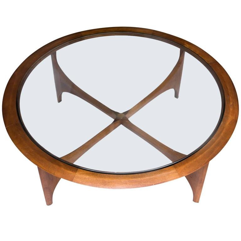 Mid Century Modern Round Coffee Table By Lane At 1stdibs