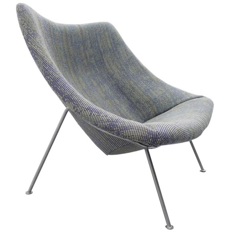 Large Oyster Chair Designed By Pierre Paulin For Artifort
