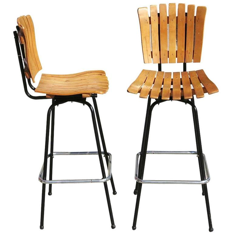 Arthur Umanoff Style Slat Wood Bar Stools, Pair For Sale