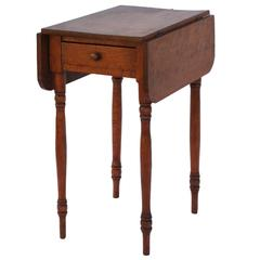 Late 19th to Early 20th Century Pembroke Table