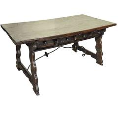 Very Fine Mid-18th Century Spanish Desk