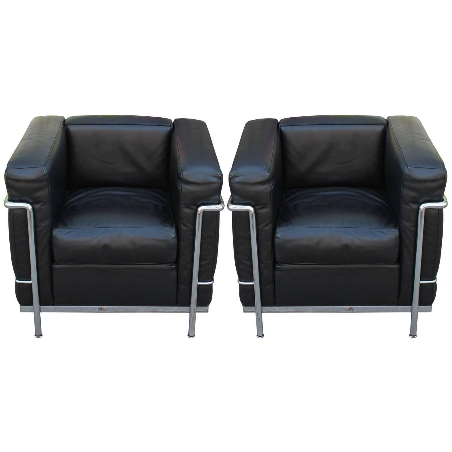 Pair Of Le Corbusier For Cassina Lc2 Club Chairs At 1stdibs