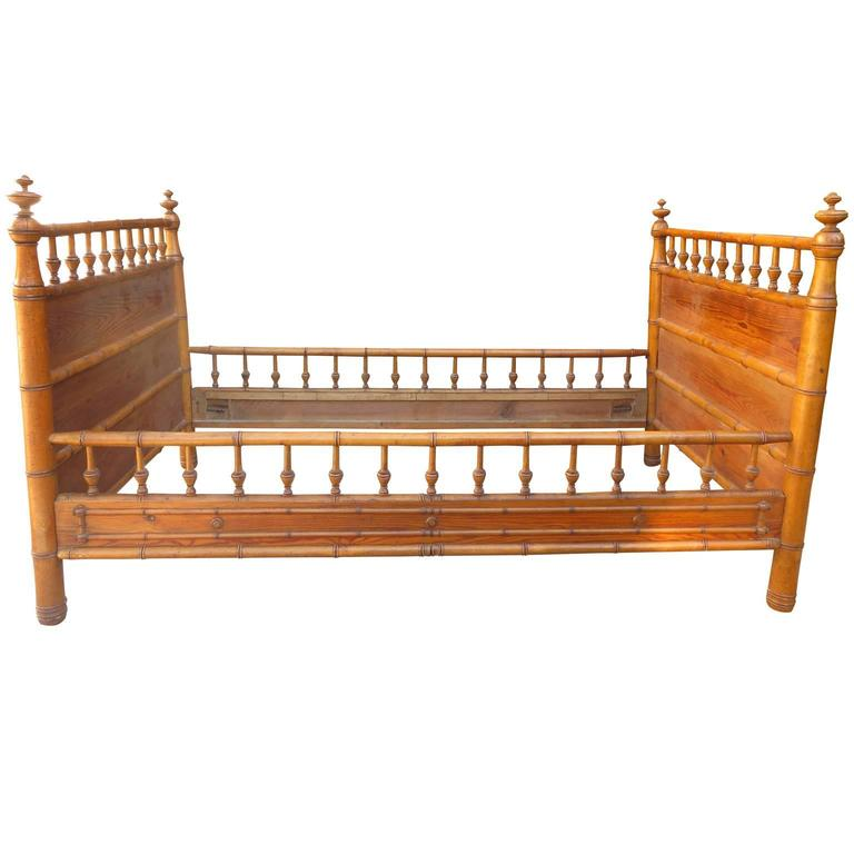 Late 19th-Early 20th Century Faux Bamboo Daybed in the Style of Horner