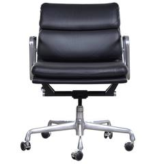 Eames Ea435 Management Soft Pad Office Chair by Herman Miller