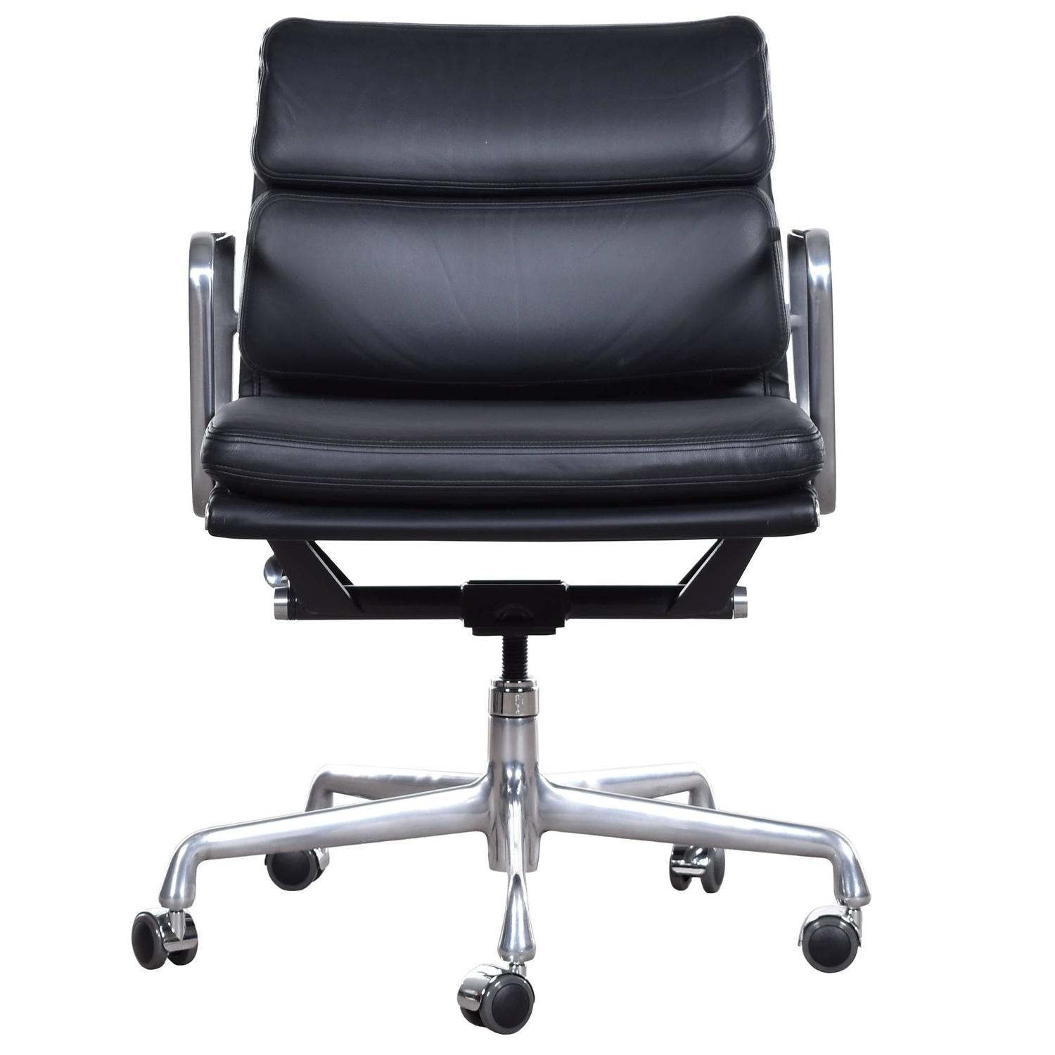 Eames Ea435 Management Soft Pad Office Chair By Herman Miller For Sale At 1stdibs