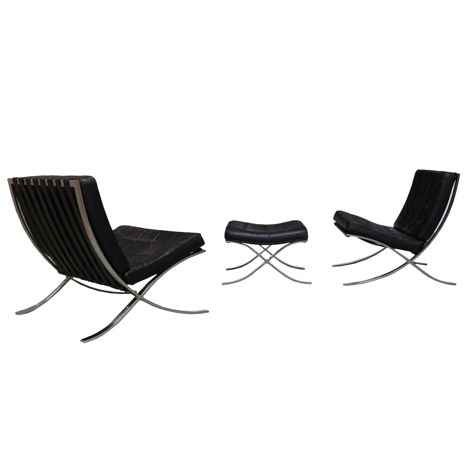 pair of knoll 1972 barcelona chairs with ottoman by mies van der rohe for sale at 1stdibs. Black Bedroom Furniture Sets. Home Design Ideas