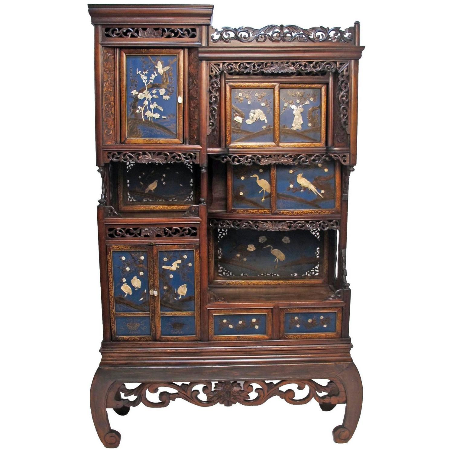 Japanese cabinet etagere for sale at 1stdibs for Etagere japonaise
