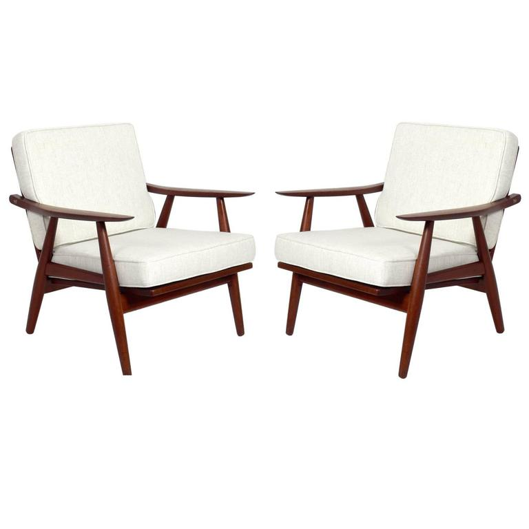 Pair of Danish Modern Lounge Chairs by Hans Wegner For Sale
