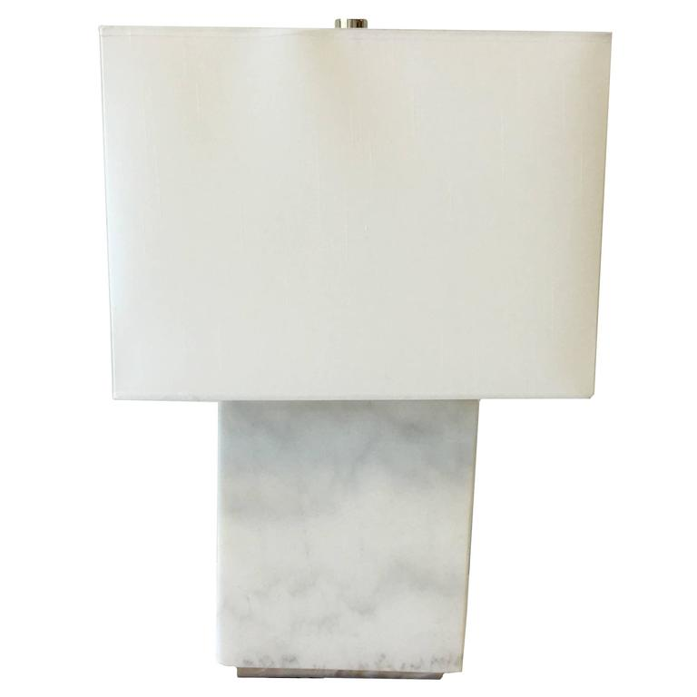Merveilleux Ralph Lauren Modern Solid White Marble Lamp For Sale