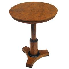 Fine Neoclassical Pedestal Side Table