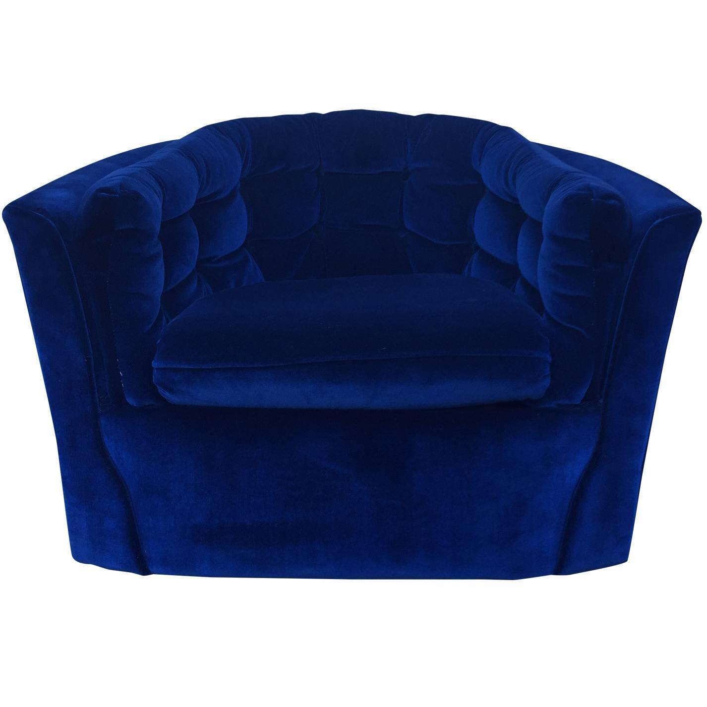 Oversized round swivel lounge chair mid century modern at 1stdibs - Royal Blue Velvet Mid Century Modern Swivel Chair