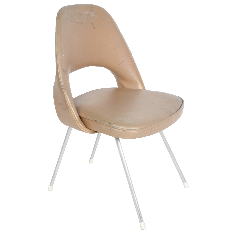 Early Version of Eero Saarinen Side or Desk Chair for Knoll