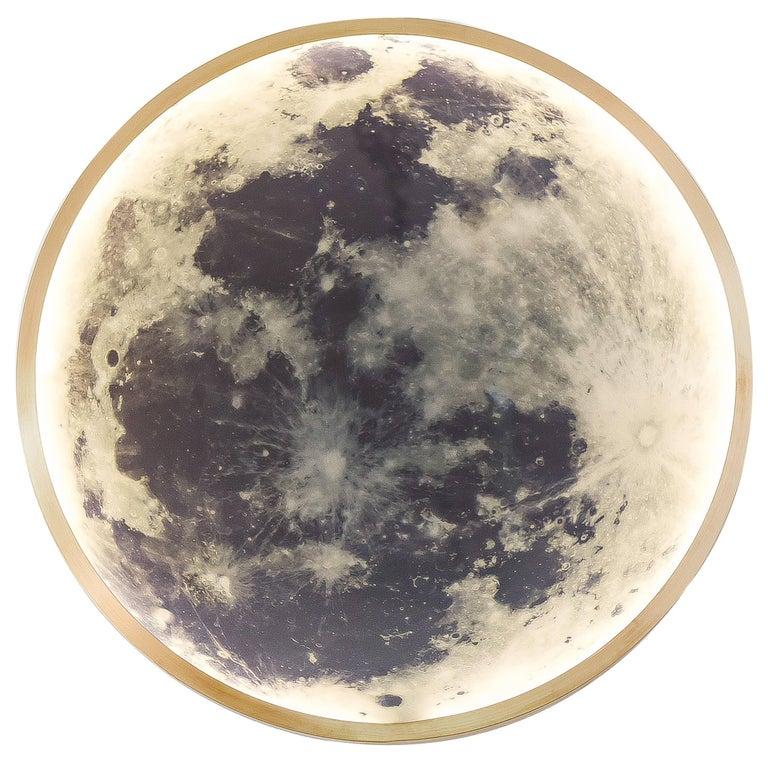 Zeitgenössische Mond-Wandleuchte aus Bronze und Glas 1