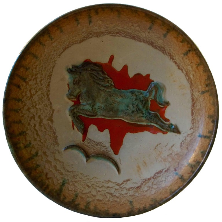 Unusual Mid-Century Stoneware Centrepiece 'Horse' Bowl by John Anderson Hoganas For Sale