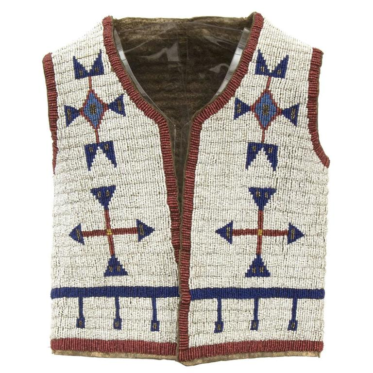 Antique Native American Beaded Child's Vest, Sioux (Plains), 19th Century 1
