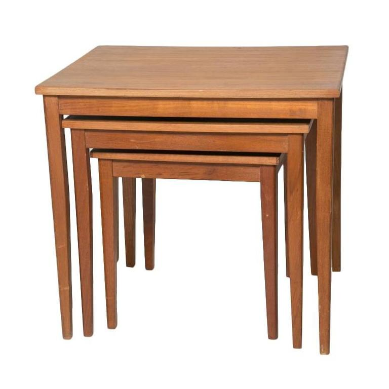 Classic Teak Danish Nesting Tables With Tapered Square Legs 1
