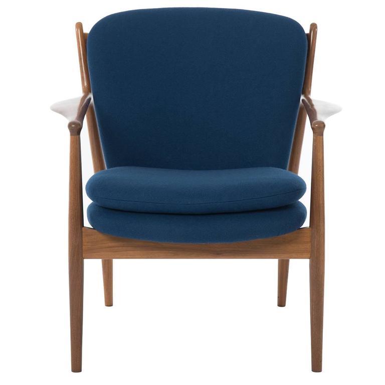 Delegate Chair by Finn Juhl