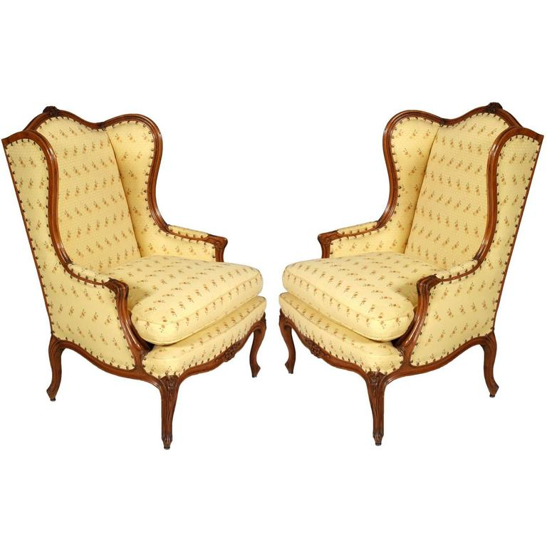 Antique Baroque Pair of Bergere armchairs early 20th Century Walnut hand carved