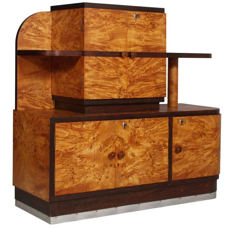 1930s Italian Art Deco Sideboard Buffet in Burl Elmwood by Osvaldo Borsani For Sale