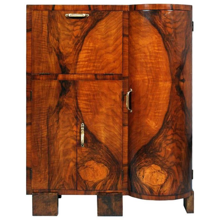 1bec6707a6dd5 Art Decò 1930s Cabinet Buffet Sideboard Burl Walnut by Osvaldo Borsani  Designer For Sale