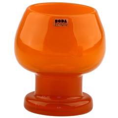 Erik Höglund Boda Sweden Signed H 1682/100 Orange Studio Work Glass Vase