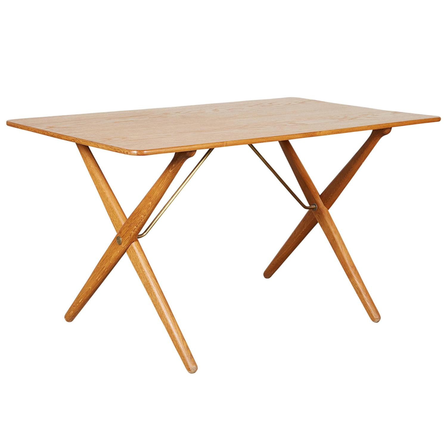 Mid Century Coffee Table by Hans Wegner AT308 with Crossed Legs