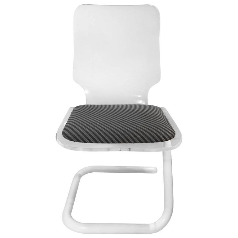 Lucite and Powder Coated Chrome Tube Z-Base Desk Chair For Sale