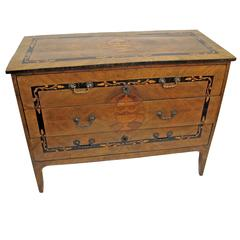 18th Century Italian Maggiolini Style Chest of Drawers