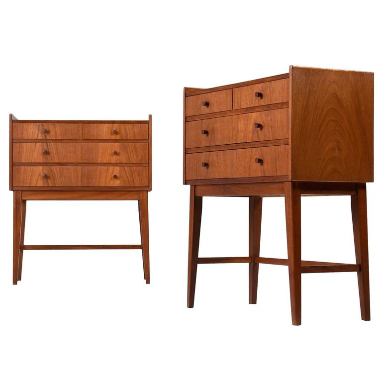 Petit Scandinavian Modern Teak Chest Of Drawers Or Nightstands Circa 1950 39 S For Sale At 1stdibs