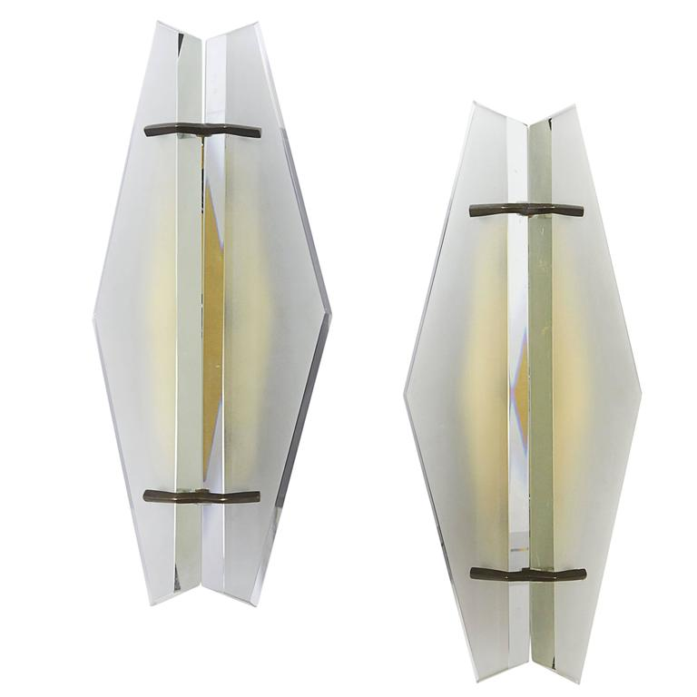 Pair of Italian Mid-Century Sconces Attributed to Max Ingrand for Fontana Arte For Sale