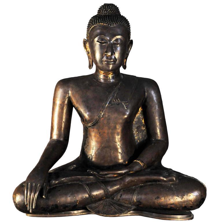 17th Century Bronze Vajrasana Buddha Maravijaya in BhumisparshaMudra, Thailand For Sale