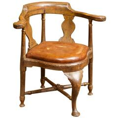 Italian Walnut Corner Chair with Leather Drop Seat, circa 1780