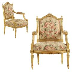 Finely Carved Pair of Louis XVI Style Giltwood Fauteuils, circa 1900