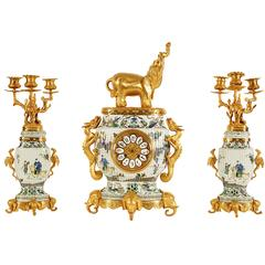 French Japonisme Ormolu-Mounted Chinese Famile Verte Porcelain Clock Garniture