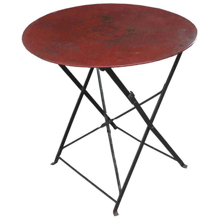 English Early 20th Century Round Metal Folding Table At