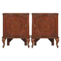 Early 20th Century  Italian Serpentine Nightstand in Walnut, veneer Burl Walnut.