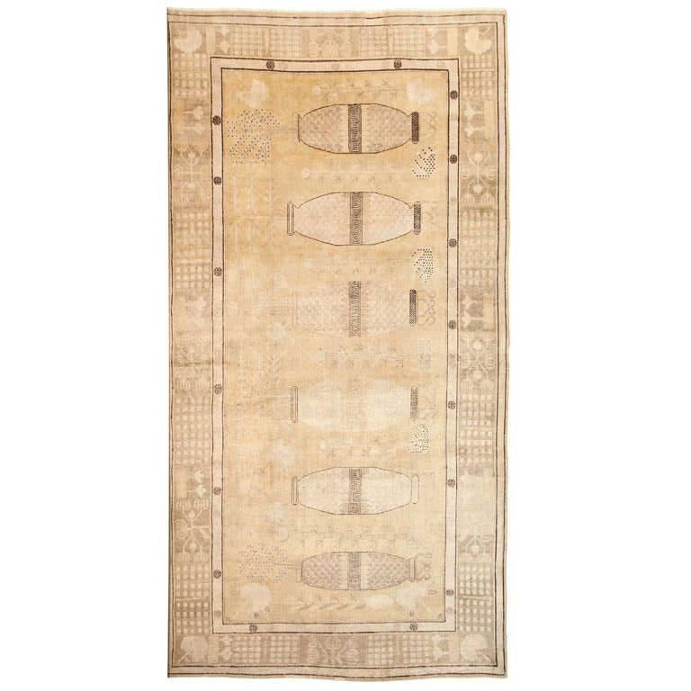 White Samarkand Khotan Carpet with Wool Pile and Vegetal Dyes, circa 1870