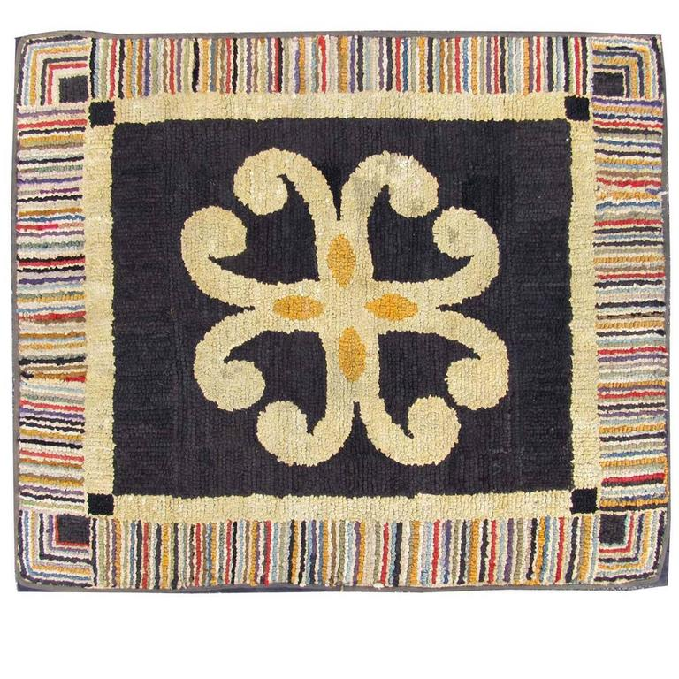 Vintage Early 20th Century American Folk Art Hooked Rug