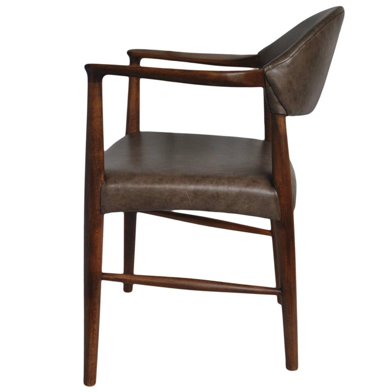 Kurt Olsen Chair, fully refurbished and with new Italian Leather For Sale