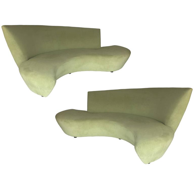 Rare Bookmatched Pair of Bilbao Sofas by Vladimir Kagan For Sale