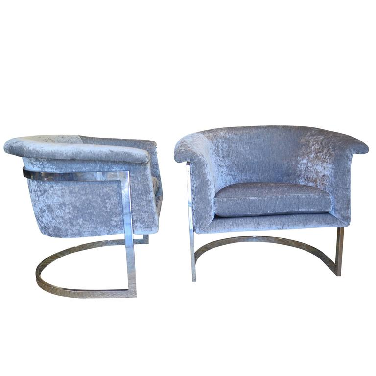 Pair of Chrome Barrel Back Cantilevered Chairs in the Style of Milo Baughman